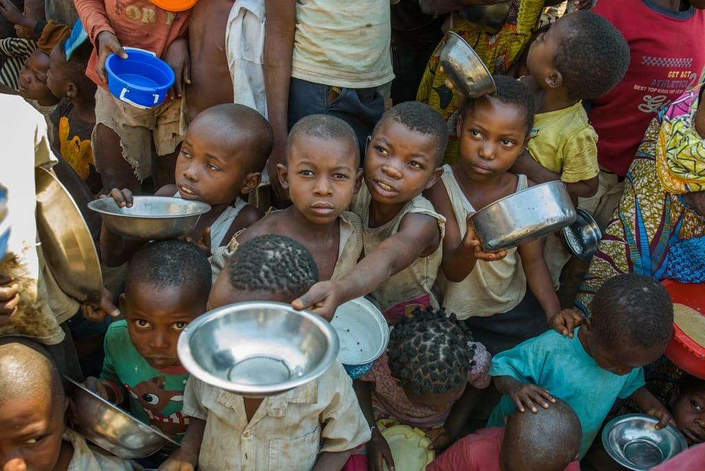 看見疫情之下全球飢餓問題:每年有240萬名弱勢兒童陷於飢餓困境而死亡
