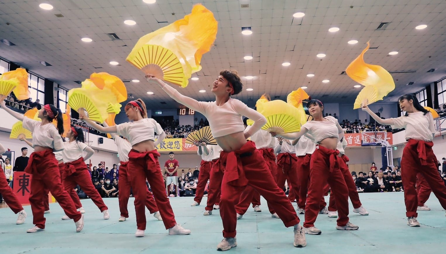 東南科大表藝系結合文化傳統元素啦啦隊,創新突破一舉奪下冠軍等三大獎