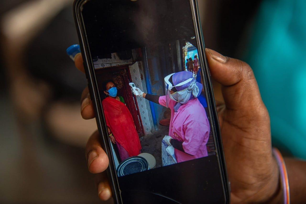 疫情崩潰印度醫療系統 世界展望會支援製氧機等設備 關心疫情下脆弱兒童