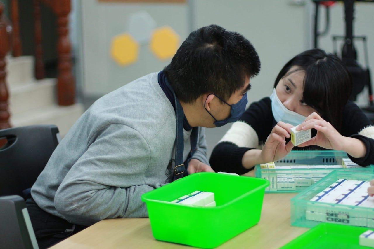 台灣樂作創益協會凝聚身障者與工作夥伴一同體會施比受更有福